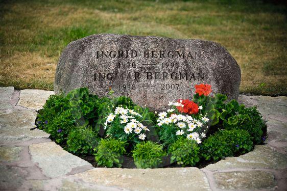 Ingrid och Ingmar Bergmans gravsten