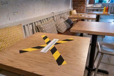 Detta bord får ej användas. Information på en restaurang.