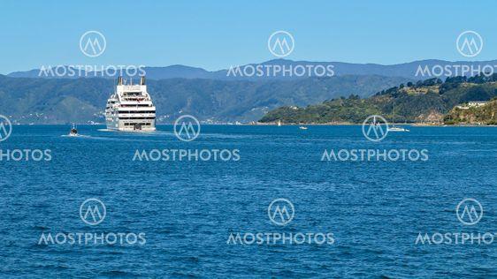 Leaving Wellington harbour