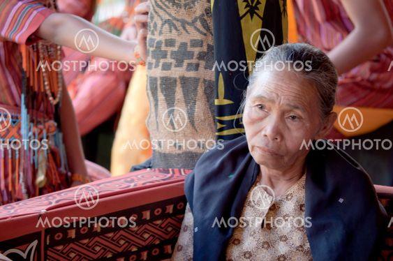 Torajat old nainen surua