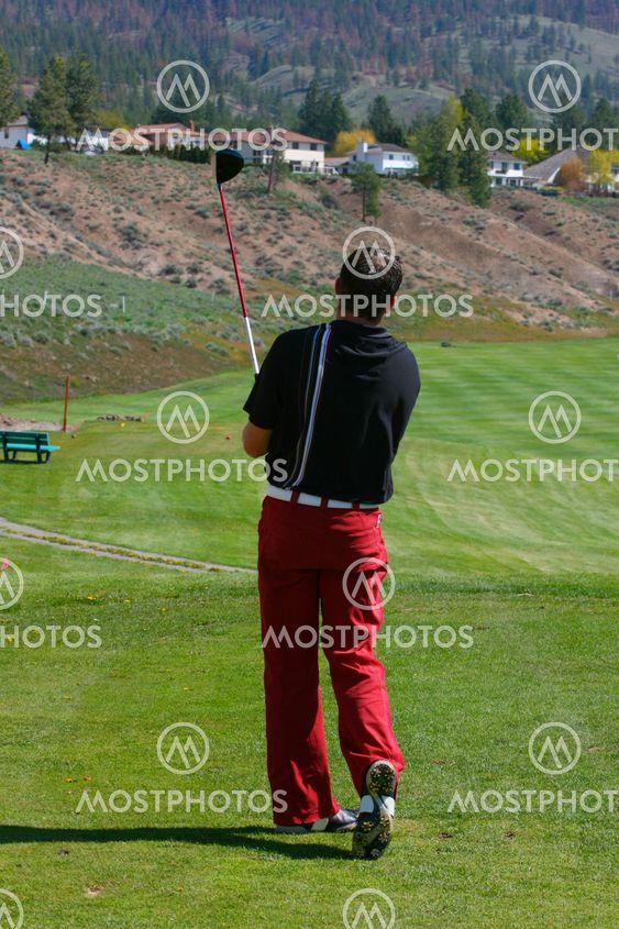 Unga golfspelare