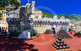 Sculpture tribute of foreign colonies with cannonballs in...