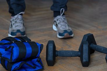Equipment for exercising the muscles of the arms and legs