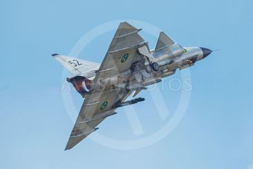 Takeoff with the AJS 37 Viggen in the airshow at Orebro...