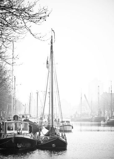 Ships in port- black and white