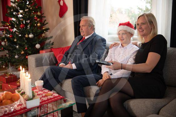 Julfirande i soffan