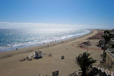 Beach and ocean 3