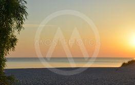Solnedgång vid en strand på Gotland 5