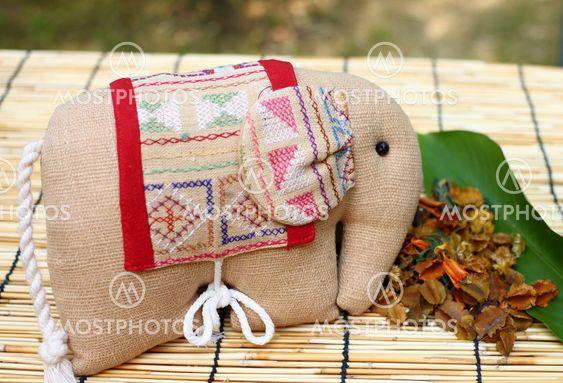 Herb paket i ett mönster av elefant