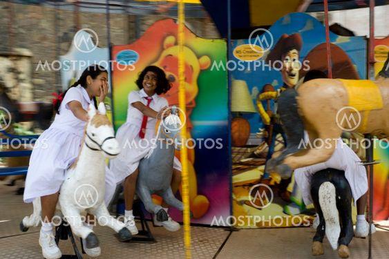 Piger i carusel