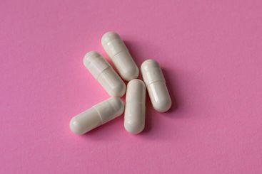 White, large capsules