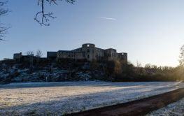 Vintervy vid Borgholms Slott på Öland
