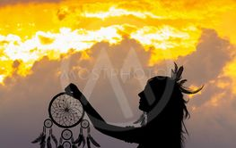 Indian woman with the traditional circle of dreams
