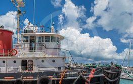 Tugboat Edward Stowe in Bermuda